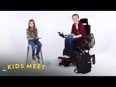 مشاهدة وتحميل فيديو Kids Meet a Teen With Chronic Illness