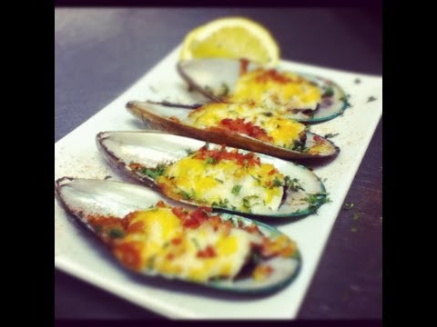 How to Make Oven Baked Cheese Mussels with Bacon
