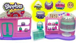 Season 5 Frosted Cupcake Queen Cafe Playset with 8 Exclusive Shopkins & Surprise Blind Bags