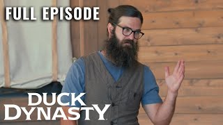 Duck Dynasty: RV There Yet? - Full Episode (S9, E11) | Duck Dynasty