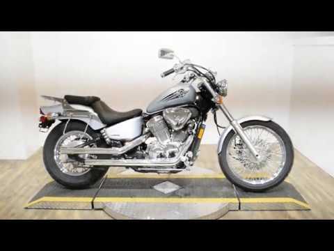 2007 Honda Shadow® VLX Deluxe in Wauconda, Illinois - Video 1