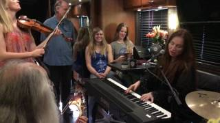 bus sessions - Judith Owen #1 Tell All Your Children