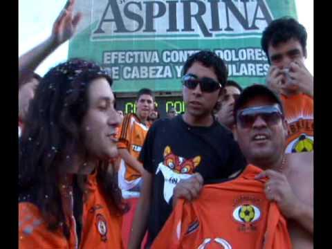 """""""Hinchas, Pasión sin Límites - Historias de Pasión - Huracán Naranja"""" Barra: Huracan Naranja • Club: Cobreloa"""
