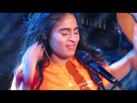 "Jessie Reyez - ""Imported"" (Live In Cambridge) - Jordan Hurley"