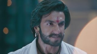 Ranveer Singh manages to convince the policemen