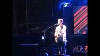 "Jonas Brothers perform & explain NEW SONG ""Don't Say"" Chicago July 10, 2013"