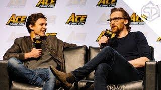 Том Холланд и Том Хиддлстон веселятся на Ace Comic Con 2018