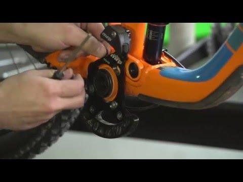 Cómo instalar un guiacadenas en un monoplato tipo enduro