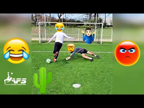 Best Football Vines 2020 – Fails, Goals, Skills #59