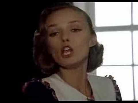 """""""Жил да был брадобрей"""" - Мэри Поппинс"""