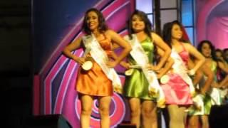 preview picture of video 'Eleccion y coronacion Reina Zacatecoluca'