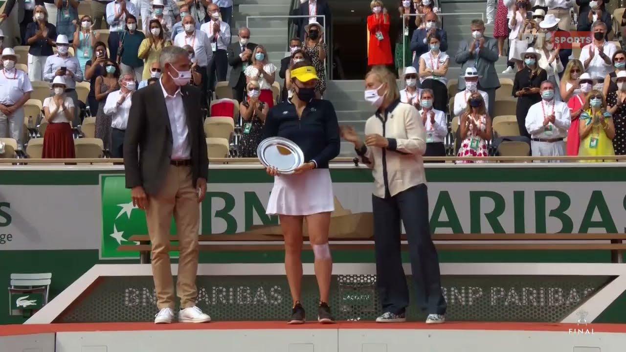 Roland Garros: Η απονομή της Α. Παβλιουτσένκοβα | 12/06/21 | ΕΡΤ
