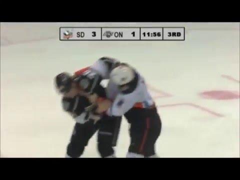 Stu Bickel vs. Kurtis MacDermid