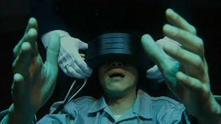 """小伙沉迷""""虚拟现实""""技术,用它体验凶手的犯罪过程,结局出乎意料!"""