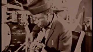 John Lee Hooker at Detroit Tube Works (1970) - Hobo Blues