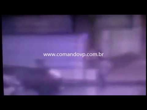Bandidos roubam dez mil reais em escola
