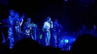 Cheryl Tweedy/Cole?! - A boy like you (live)