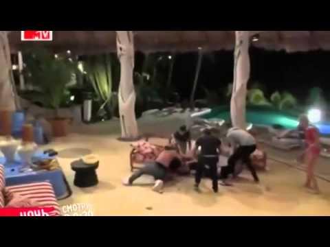, title : 'Ужаснейшая драка на каникулах в Мексике!!!'