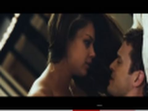 FRIENDS WITH BENEFITS - Official Trailer