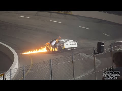 Mike Jone's dad saves him from burning car at the South Boston Speedway on 16/6/18