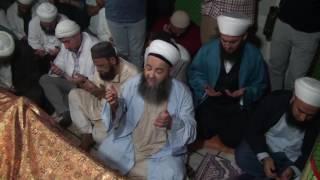 Cübbeli Ahmet Hoca Efendi'nin Hindistan Yeni Delhi'de Bâkîbillâh Hazretleri'nin Kabrinde Ettiği Dua.