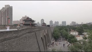 preview picture of video 'Short visit of Xi'an / Visite de Xi'an (Shaanxi - China)'