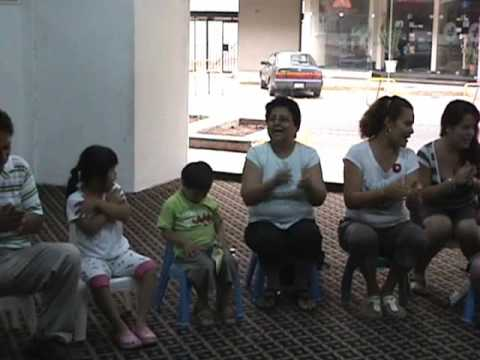 Watch video Síndrome de Down: Musicoterapia en Family Down