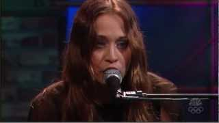 Fiona Apple   Get him back Live 2006