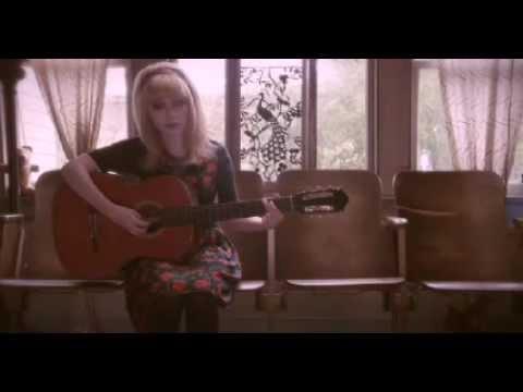 "VIDEOFASHION | Tavi Gevinson: ""Beware of Young Girls"" para Wren Inverno 2012"
