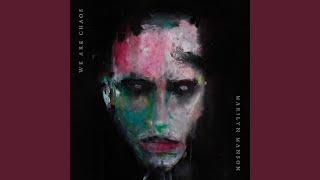 Kadr z teledysku Infinite Darkness tekst piosenki Marilyn Manson