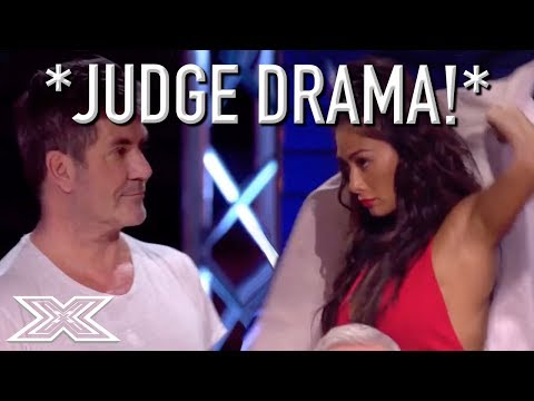 JUDGE STORMS OFF STAGE After Argument With Simon Cowell! (видео)