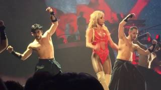 Gambar cover Britney Spears - Everytime/Baby one More Time/Oops!...I Did it Again - Live at AXIS Las Vegas 4/7/17