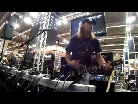 Still Rainin - performed by Chris Lyne (Mother Road) at Musikmesse, Frankfurt (2014)