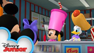 Mickey & Friends At The Drive In 🎥 | Mickey Mornings | Mickey Mouse Roadster Racers | Disney Junior