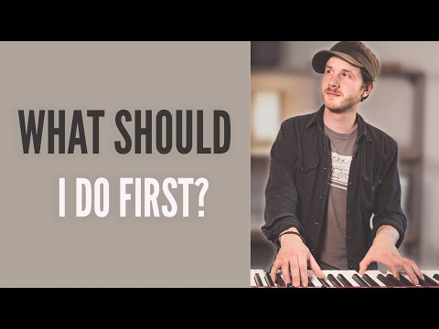 How to start playing piano or keyboard // Complete beginner tutorial - basic technique and exercises