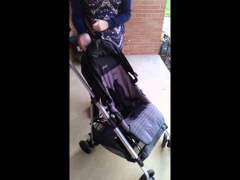 Urbini Reversi Umbrella Stroller Review