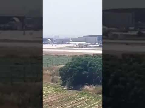 حريق بجوار مطار بن غوريون وإخلاء للمنازل