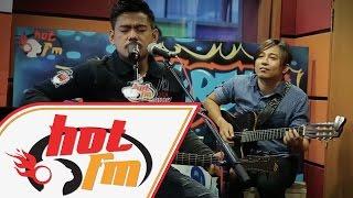 Gambar cover Malam Bulan Di Pagar Bintang - Azlan ft. Fafau & Fizie