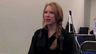 Молли С Куинн, Comic-Con 2011: Molly Quinn Dresses Up As Captain Malcolm Reynolds From Firefly