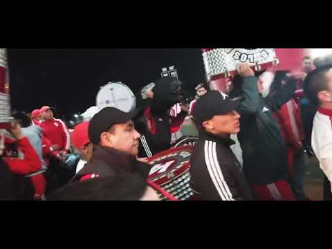 """""""Los borrachos del tablón (Hinchada de River Plate)"""" Barra: Los Borrachos del Tablón • Club: River Plate"""
