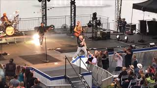 Daughtry - Performs Baptized (Live) - Sea World Orlando 2018