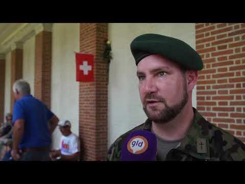 Zwitserse soldaat ontdekt laatste rustplaats familielid in Groesbeek