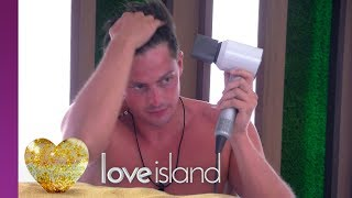 Doctor Love Is on the Prowl | Love Island 2018