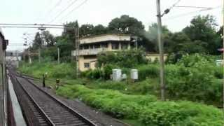 preview picture of video '12009 Shatabdi Express Skipping Valsad With Style!!!!!'