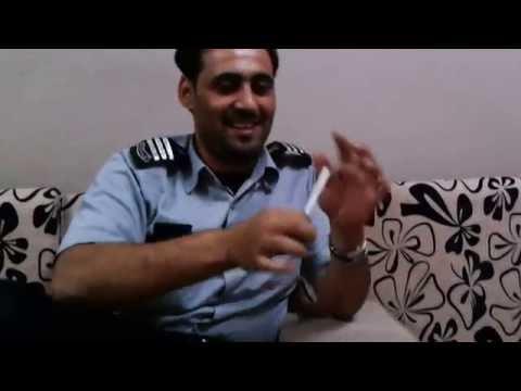 شاب سعودي يستخدم خفه اليد بتحويل الـ ١٠٠ ريال الي ٥٠٠ ريال