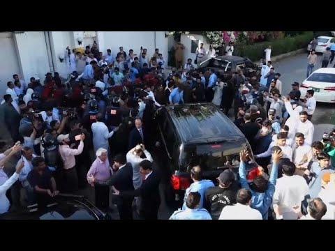 العرب اليوم - السلطات الباكستانية توقف الرئيس الأسبق آصف على زرداري