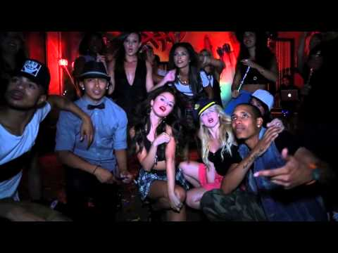 Birthday - Selena Gomez (Video)