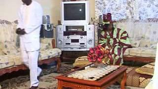 preview picture of video 'Maï theathre senegalais partie 02'
