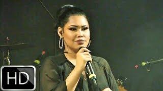 Ana Del Castillo   Ya Es Mío (En Vivo) HD