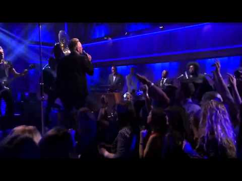 U2 - Angel Of Harlem with The Roots (Live on The Tonight Show with Jimmy Fallon) 2015